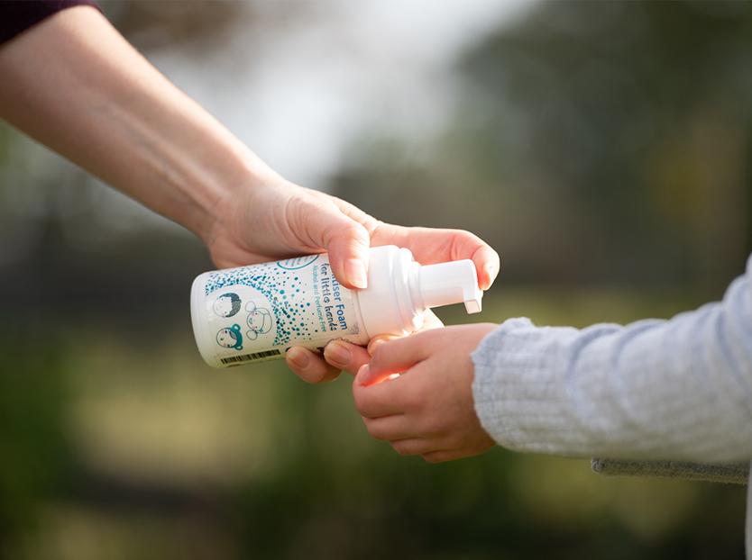 alcohol free hand sanitiser foam for kids